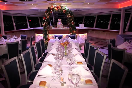 corporate-lunch-dinner-cruises