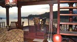 ATBP120-houseboat5